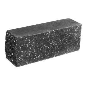 Брусок-кирпич облицовочный полнотелый черного цвета, угловой, колотый, размер 225x60x88 мм